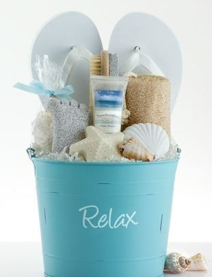 Best Graduation Gifts Beach Kit The Perfect Gift To Make Your Bff For Graduation Based On Her Zodia Giftsmaps Com Leading Gifts Ideas Unique Gifts Inspiration Magazine