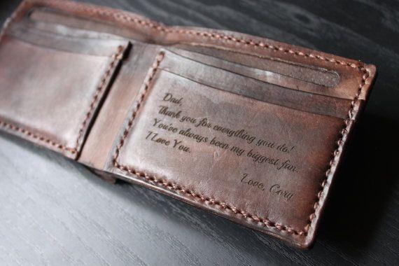 Tous nos produits en cuir sont coupés à la main et fabriqués à la main. Afin...