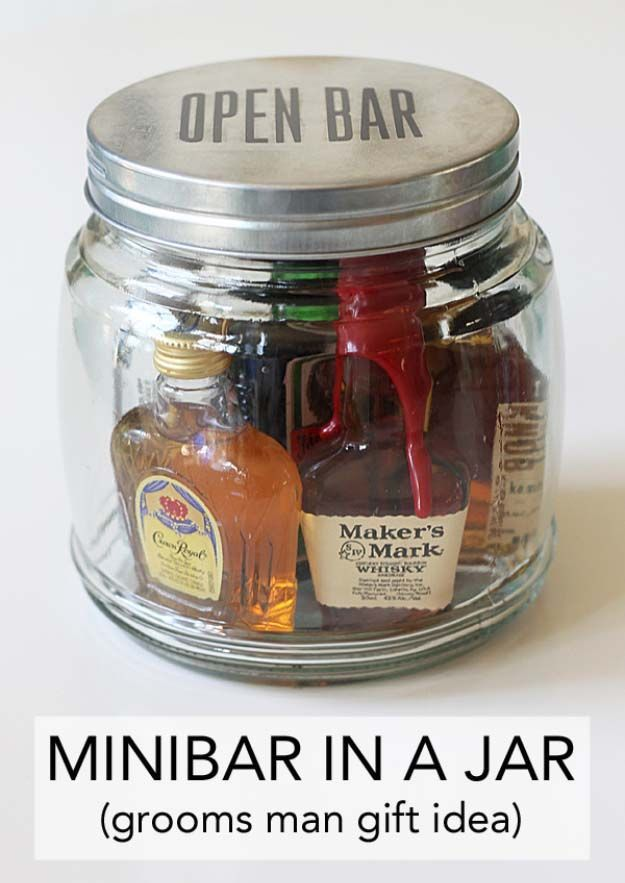 Homemade DIY Gifts in A Jar   Best Mason Jar Cookie Mixes and Recipes, Alcohol M...