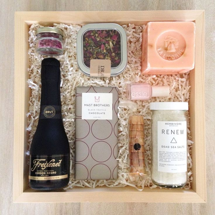 A custom Teak & Twine gift box from a bride to her bridesmaids   hello@teakandtw...