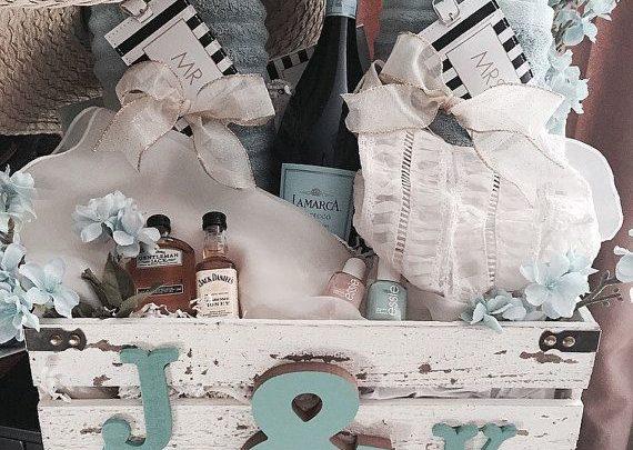 Basket Gifts Honeymoon Gift Basket Giftsmapscom