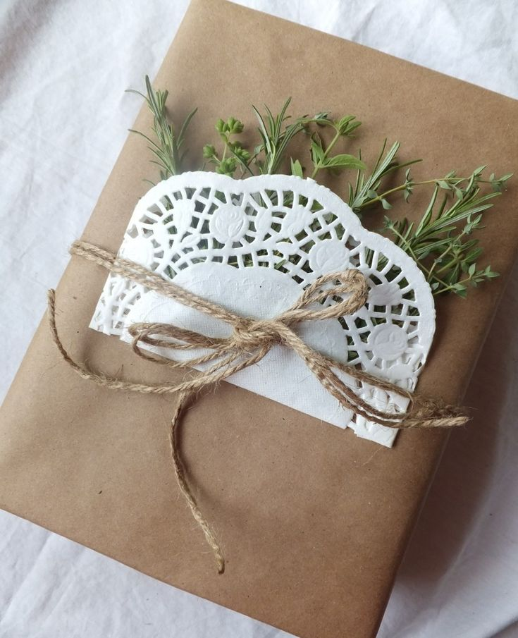 DIY Pkg with Herbs and Doilies