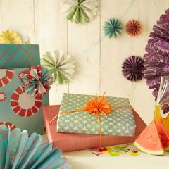 We Love this Eco-Friendly Gift Wrapping Line