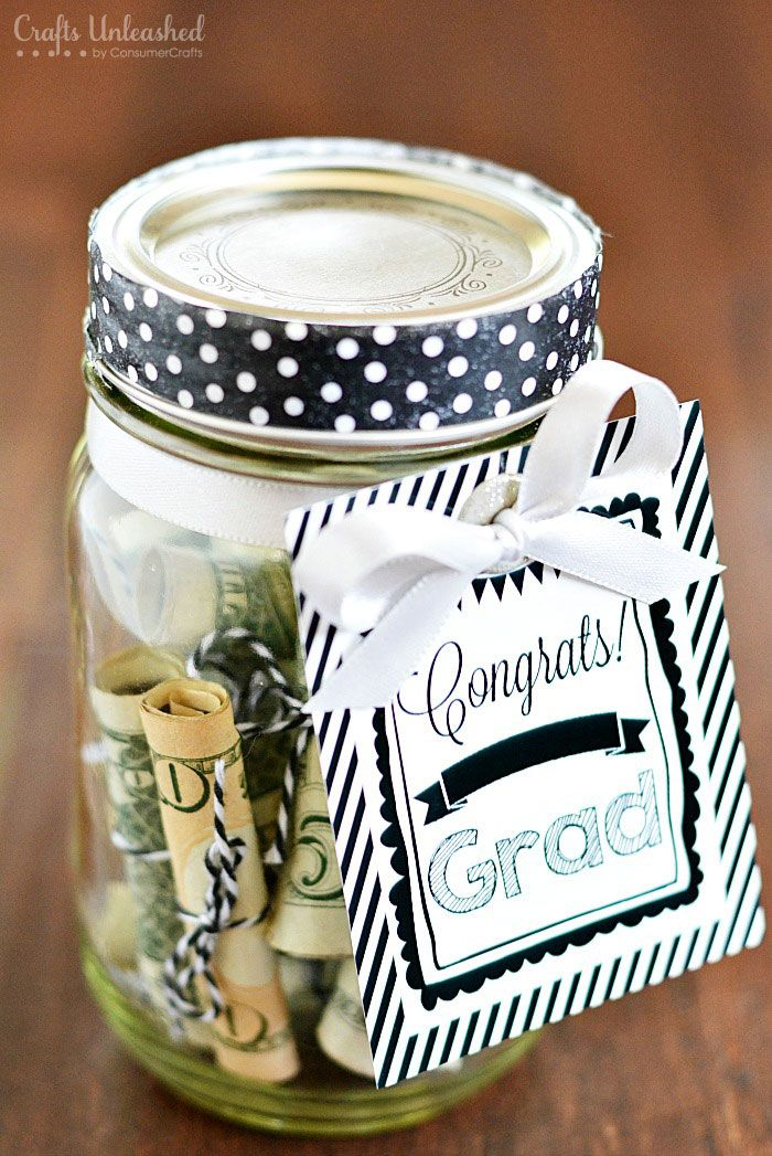 Graduation Gifts This Mason Jar Gift Idea With Free Congrats Grad Printable Is An Easy Gift To Giftsmaps Com Leading Gifts Ideas Unique Gifts Inspiration Magazine