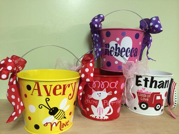 Personalized metal bucket, 5 quart, Valentine's Day, Lots of colors, designs...