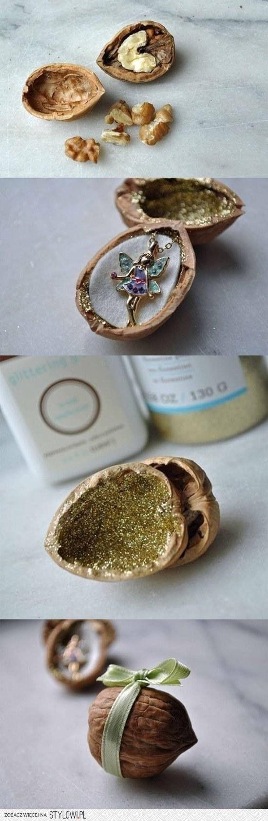 leuk om een sieraad in te pakken Cute diy gift packaging for a fairy necklace or...