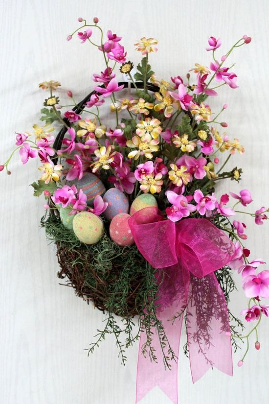 great flower arrangement bouquet gift to give to your mum at easter Easter Home ...