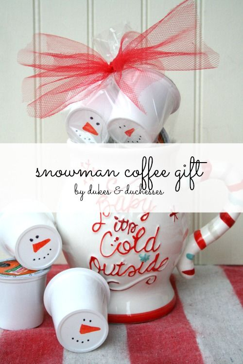 snowman coffee gift for the coffee lover on your list #ad #DunkinToTheRescue