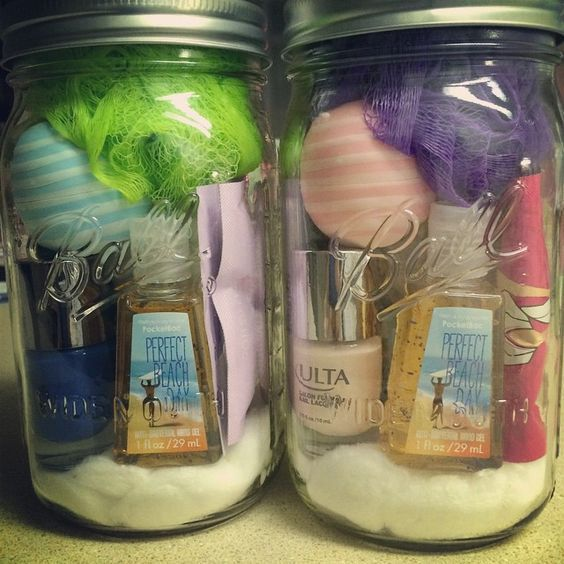 Christmas Gifts For Roommates.Basket Gifts 15 Diy Christmas Gifts For Your Roommate