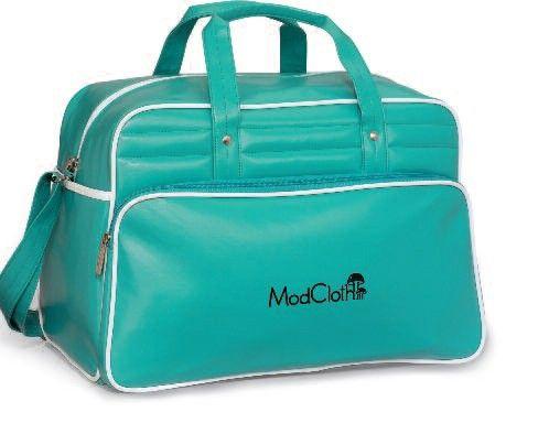 Retro style is back with this Vintage Weekender Bag   Brand Spirit Blog